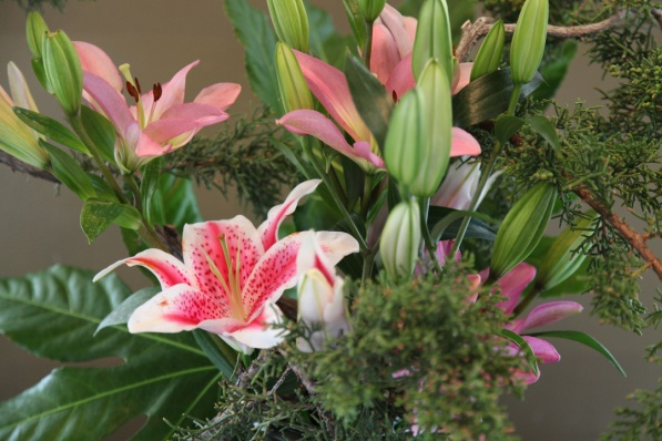 Flowers designed by Eric Salter and Jan Duggan, a Founding Member